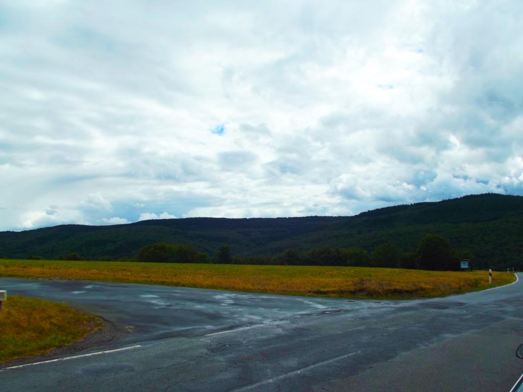 Светлые облака над Пресбергом