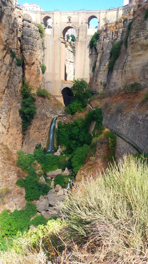 Ронды. Мост и водопад